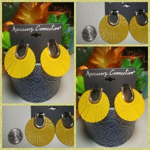 Yellow Leather Earrings (NWT) 🌻🌻🌻